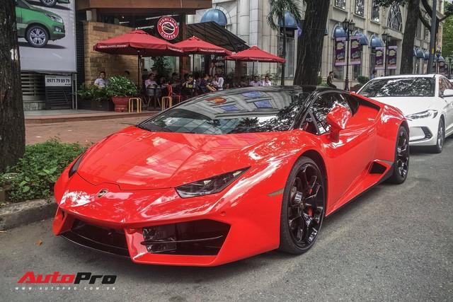 Lamborghini Huracan LP580-2 Thứ nhất Việt Nam về tay đại gia Sài Gòn - Ảnh 2.