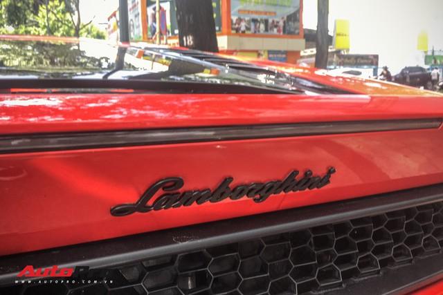 Lamborghini Huracan LP580-2 Thứ nhất Việt Nam về tay đại gia Sài Gòn - Ảnh 13.