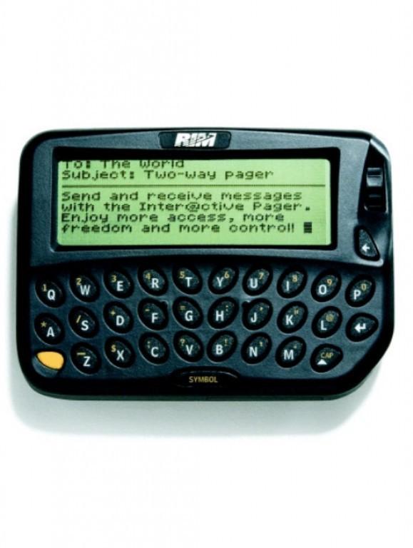 Ngược dòng thời gian: BlackBerry - Ông hoàng bàn phím bị lật đổ bởi đế chế cảm ứng - Ảnh 2.