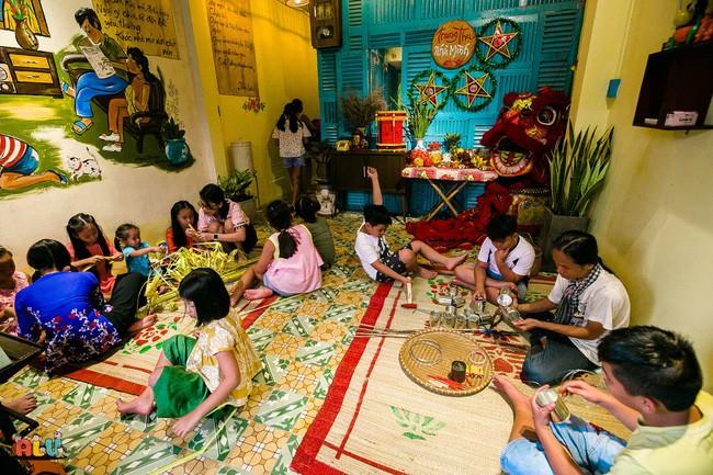 """Suýt tự tử ở tuổi 25 trầm cảm, tình yêu và trẻ con đã cứu rỗi người phụ nữ Sài Gòn """"khùng điên"""" này - Ảnh 11."""