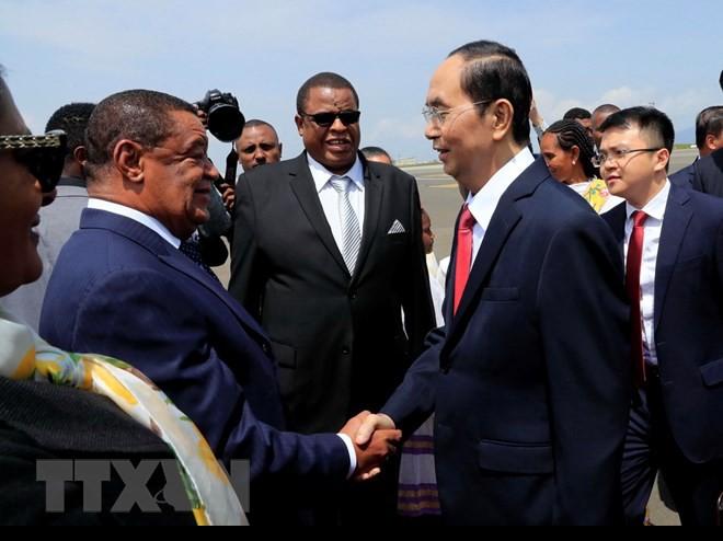 Chuyến thăm nước ngoài cuối cùng của Chủ tịch nước Trần Đại Quang - Ảnh 2.