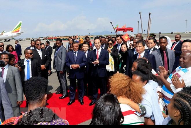 Chuyến thăm nước ngoài cuối cùng của Chủ tịch nước Trần Đại Quang - Ảnh 3.