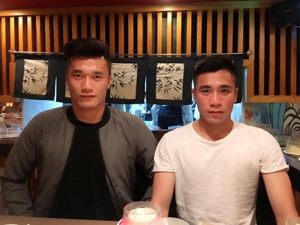 Bùi Tiến Dụng bất ngờ cho cả Sơn Tùng M-TP và anh trai ruột Bùi Tiến Dũng hít khói trên mạng xã hội - Ảnh 2.
