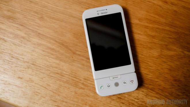 Bạn có biết đây chính là chiếc smartphone Android đầu tiên trên thế giới? - Ảnh 3.