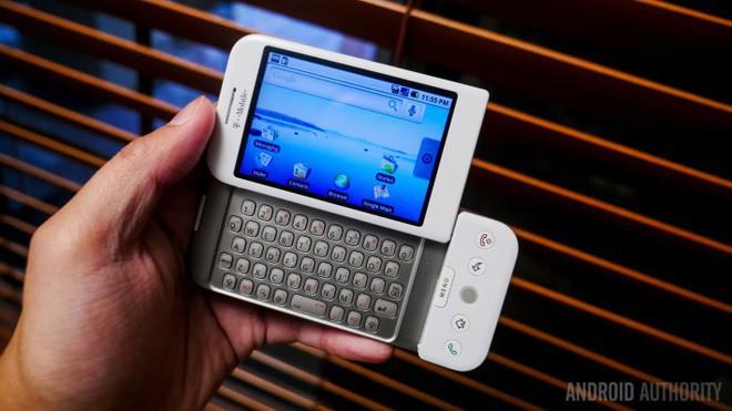 Bạn có biết đây chính là chiếc smartphone Android đầu tiên trên thế giới? - Ảnh 4.