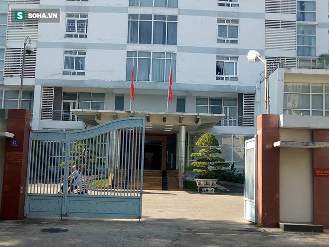 Khắp nơi treo cờ rủ Quốc tang Chủ tịch nước Trần Đại Quang - Ảnh 33.