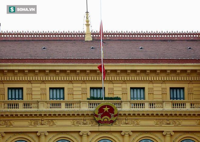 Khắp nơi treo cờ rủ Quốc tang Chủ tịch nước Trần Đại Quang - Ảnh 18.
