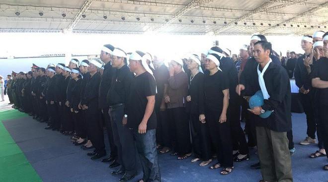 Hình ảnh lễ viếng Chủ tịch nước Trần Đại Quang tại quê nhà - Ảnh 2.