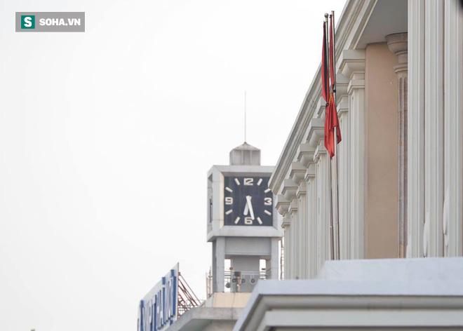 Khắp nơi treo cờ rủ Quốc tang Chủ tịch nước Trần Đại Quang - Ảnh 21.