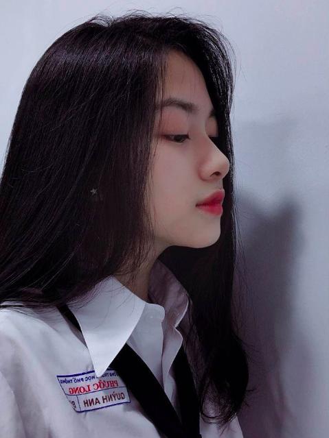 Nữ sinh Việt được xin link rần rần vì sở hữu góc nghiêng đầy khí chất - Ảnh 1.