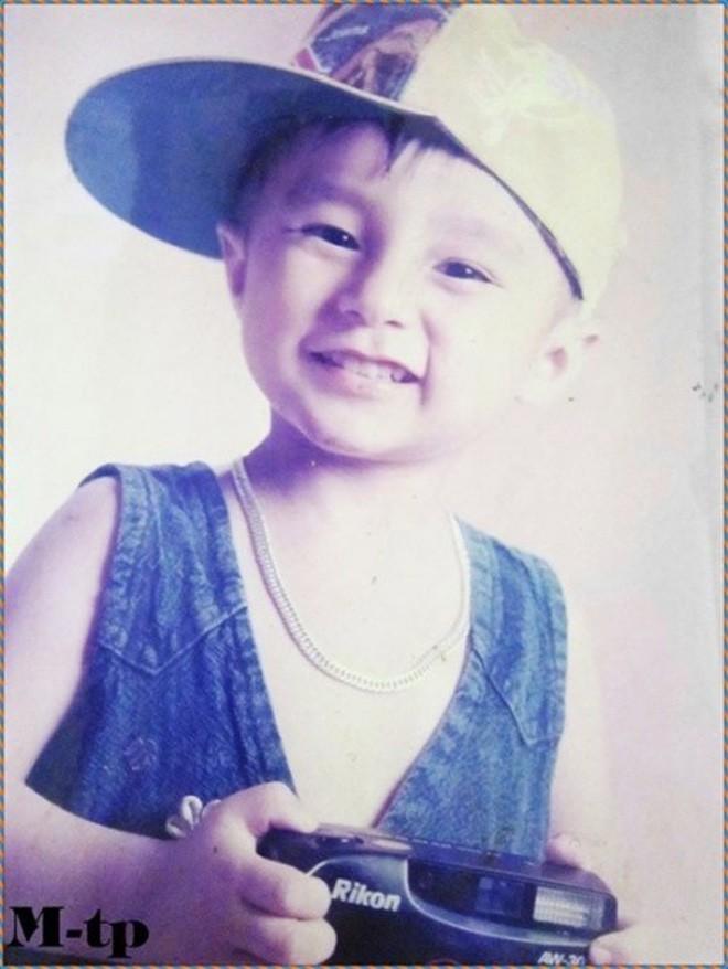 """Ngắm ảnh thời thơ ấu của sao Việt: Người đáng yêu, người gây bất ngờ với ngoại hình """"hai lúa"""" - Ảnh 1."""