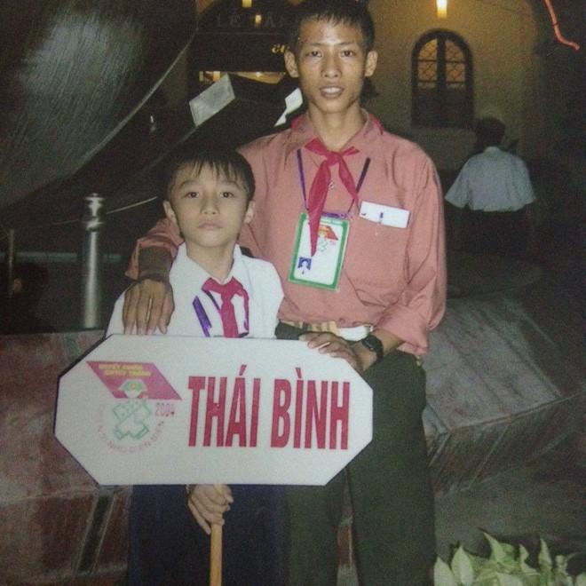"""Ngắm ảnh thời thơ ấu của sao Việt: Người đáng yêu, người gây bất ngờ với ngoại hình """"hai lúa"""" - Ảnh 2."""