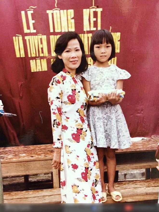 """Ngắm ảnh thời thơ ấu của sao Việt: Người đáng yêu, người gây bất ngờ với ngoại hình """"hai lúa"""" - Ảnh 4."""