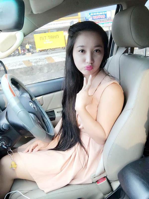 Bà xã xinh đẹp, yêu 7 năm mới cưới của danh hài Lê Dương Bảo Lâm - Ảnh 2.