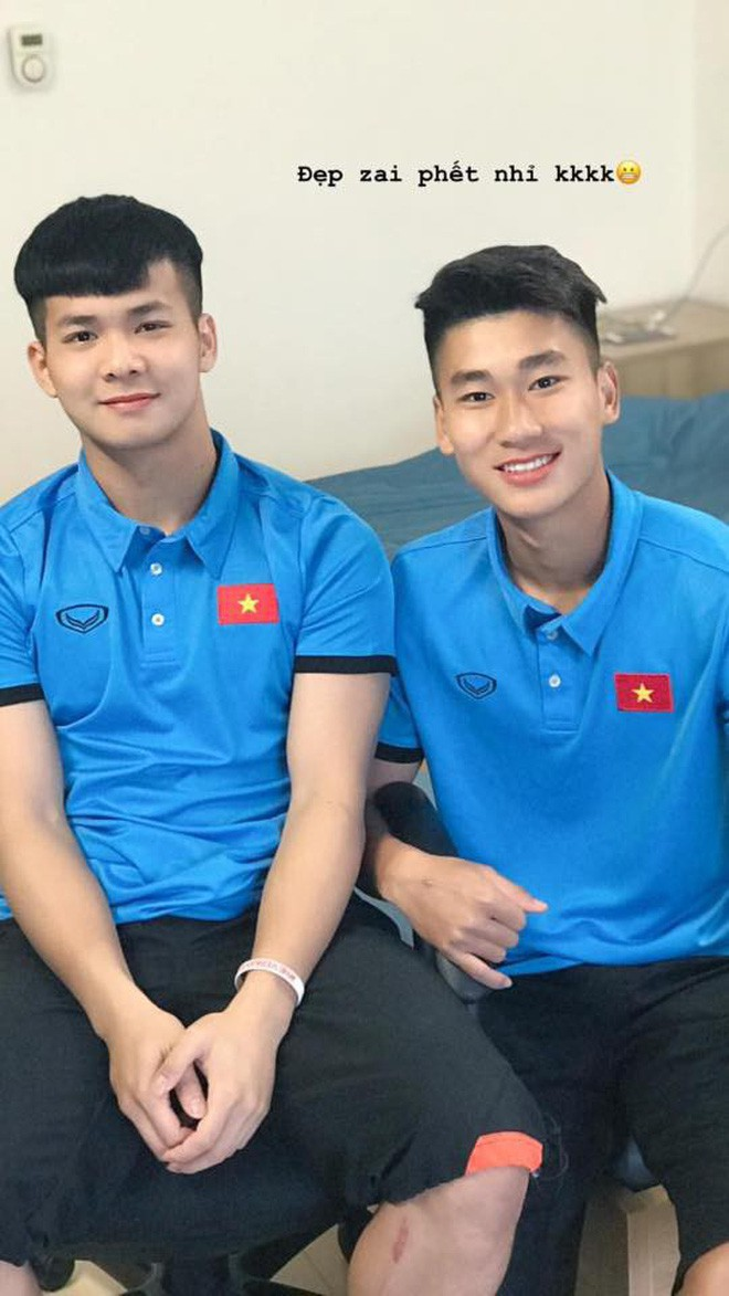 Chàng thủ môn của U19 Việt Nam điển trai, tài năng không kém Bùi Tiến Dũng - Ảnh 11.