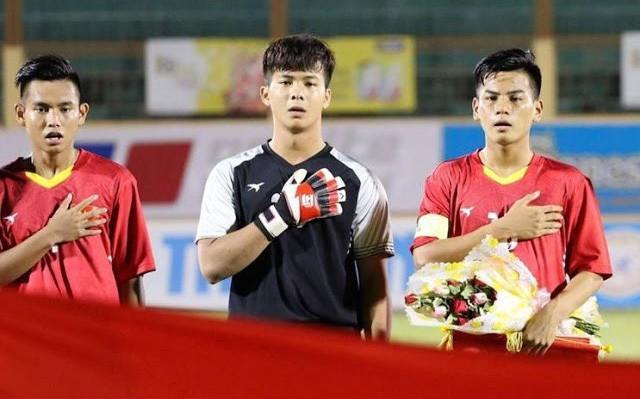 Chàng thủ môn của U19 Việt Nam điển trai, tài năng không kém Bùi Tiến Dũng - Ảnh 15.