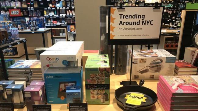 Cận cảnh cửa hiệu phân phối lẻ truyền thống Amazon vừa mở ở New York - Ảnh 3.