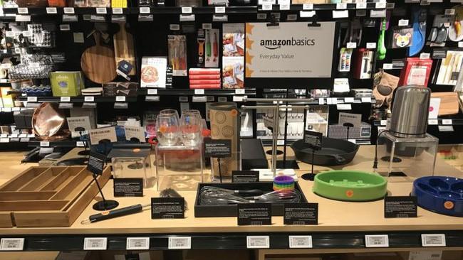 Cận cảnh cửa hiệu phân phối lẻ truyền thống Amazon vừa mở ở New York - Ảnh 8.