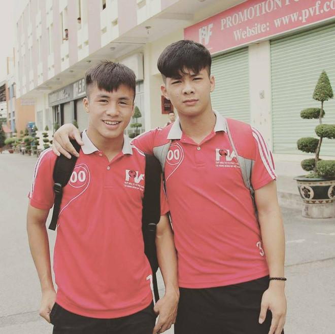 Chàng thủ môn của U19 Việt Nam điển trai, tài năng không kém Bùi Tiến Dũng - Ảnh 9.