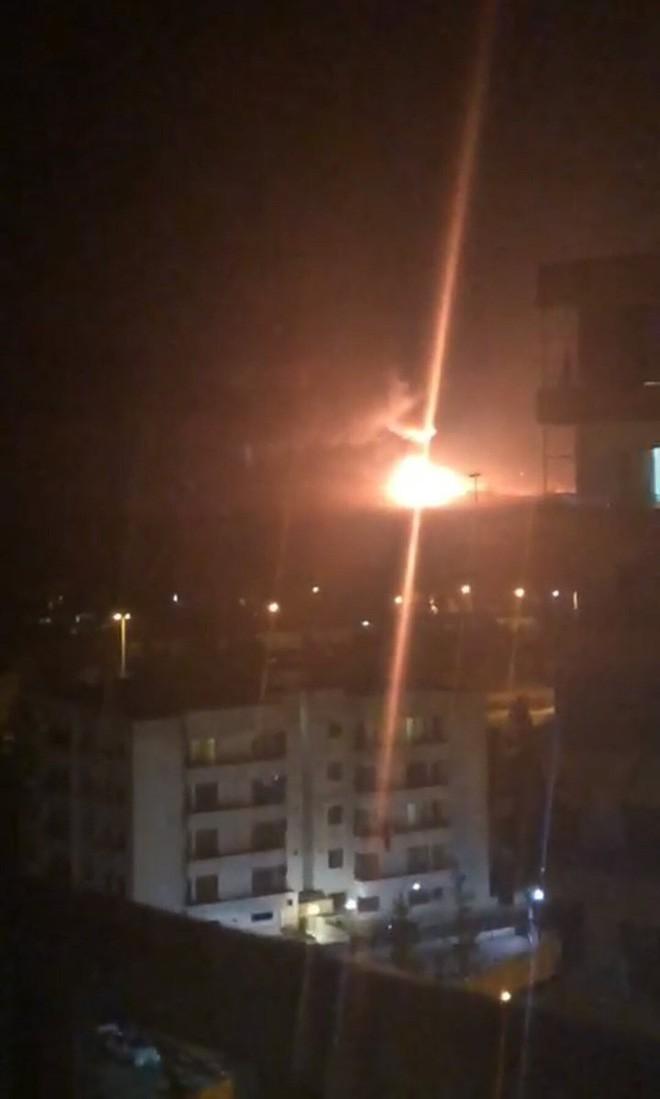 Căn cứ Syria nghi bị tấn công đêm 1/9: Nga dự liệu như thần, nhưng đoán hơi trật thủ phạm? - Ảnh 1.