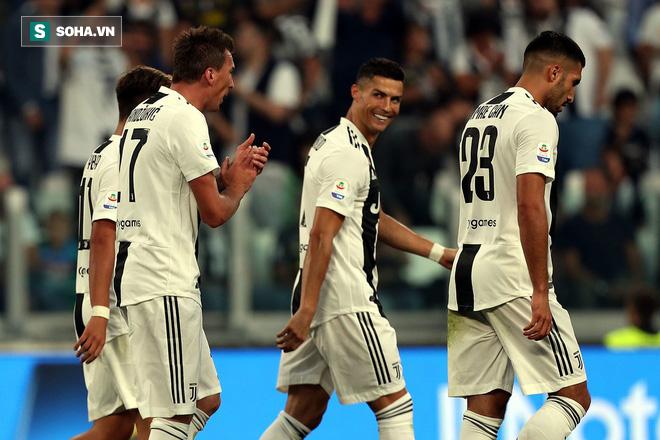 Ronaldo khiến cổ động viên Juve phát cuồng trong ngày dính nghi án hiếp dâm - Ảnh 2.