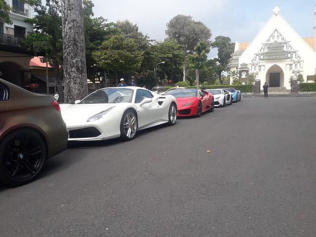 Cường Đô La cộng loạt đại gia Việt khoe dàn siêu xe trăm tỷ dịp cuối tuần - Ảnh 12.