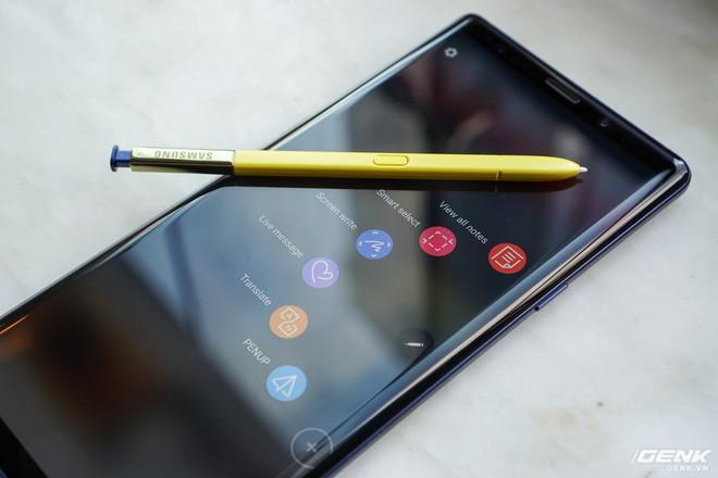 Galaxy Note9 còn chưa hạ nhiệt, Samsung đã khẳng định sẽ ra mắt luôn smartphone màn hình gập ngay tháng 11 năm nay - Ảnh 1.