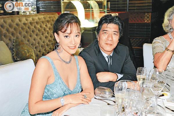 Á hậu Hong Kong bị chồng bỏ vì đóng phim người lớn, vẫn cưới được đại gia, sống sung sướng - Ảnh 6.