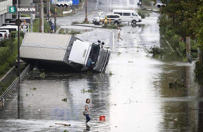 Vì sao siêu bão năm 1993 được lấy làm mốc để so với bão Jebi đang tấn công Nhật Bản? - Ảnh 1.