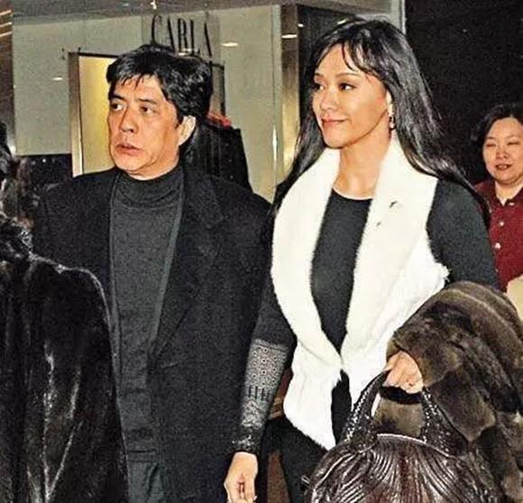 Á hậu Hong Kong bị chồng bỏ vì đóng phim người lớn, vẫn cưới được đại gia, sống sung sướng - Ảnh 7.
