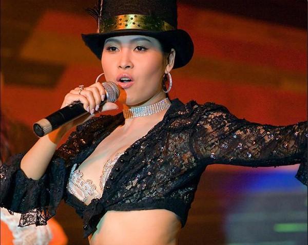 Điểm chung về 3 hoa hậu gợi cảm, mạnh dạn đóng vai gái mại dâm trên màn ảnh Việt - Ảnh 3.