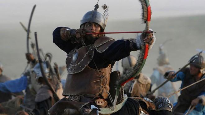 Những cung thủ giỏi bậc nhất lịch sử thế giới: Có chủ nhân của ngựa Xích Thố - Ảnh 1.