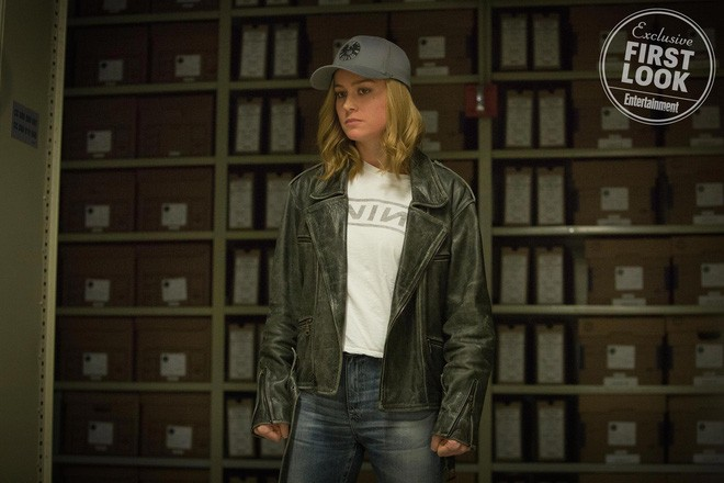 Nữ siêu anh hùng Captain Marvel chính thức lộ diện, sát cánh cùng Nick Fury hồi trẻ còn nguyên cả hai mắt - Ảnh 6.