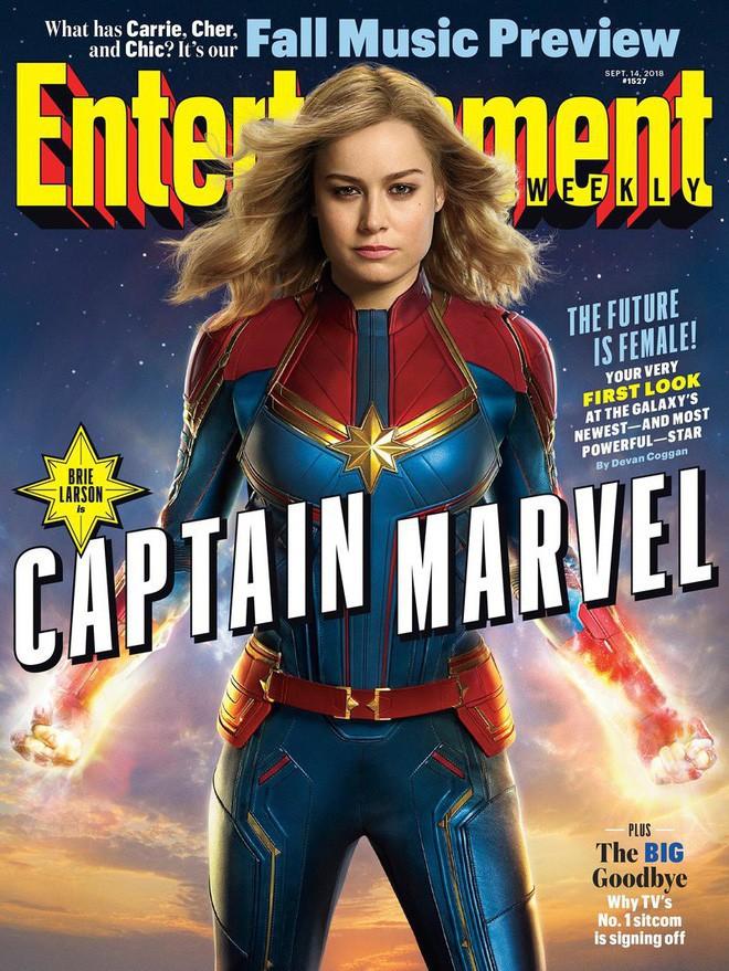 Nữ siêu anh hùng Captain Marvel chính thức lộ diện, sát cánh cùng Nick Fury hồi trẻ còn nguyên cả hai mắt - Ảnh 10.