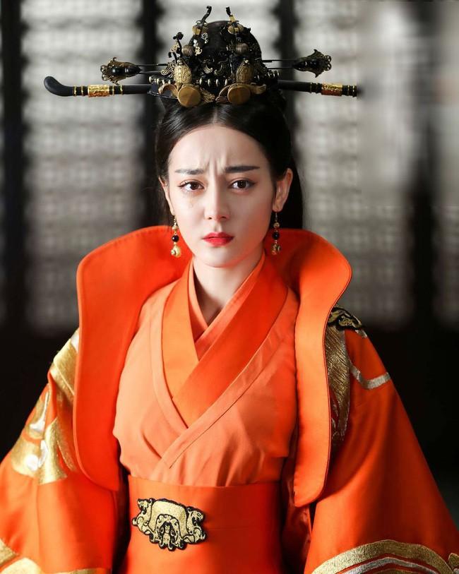 Hoàng Quý phi đầu tiên trong lịch sử Trung Hoa: Từ nhũ mẫu hơn vua 19 tuổi đến phi tần độc ác giết hại hoàng nhi nhưng vẫn đắc sủng - Ảnh 5.