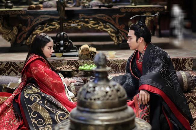 Hoàng Quý phi đầu tiên trong lịch sử Trung Hoa: Từ nhũ mẫu hơn vua 19 tuổi đến phi tần độc ác giết hại hoàng nhi nhưng vẫn đắc sủng - Ảnh 8.