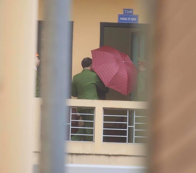 Xét xử ông Đinh La Thăng, Trịnh Xuân Thanh và đồng phạm: Cáo trạng cho rằng Trịnh Xuân Thanh quanh co, cản trở điều tra - Ảnh 3.