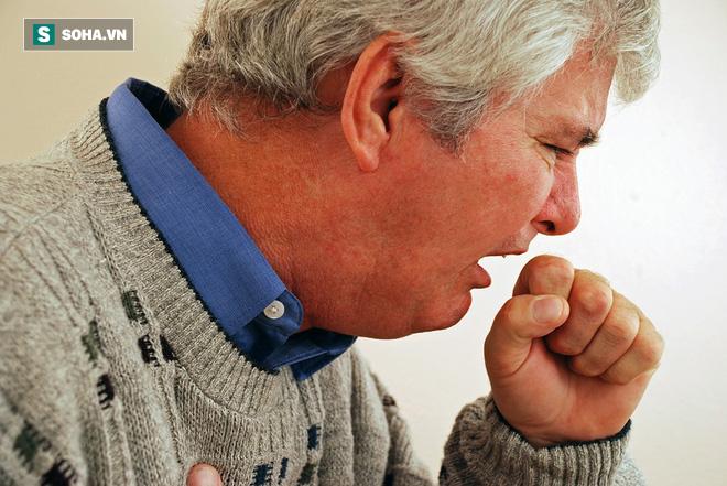 Ho trong bao lâu thì bạn nên đi khám để phòng ngừa bệnh ung thư phổi? - Ảnh 1.