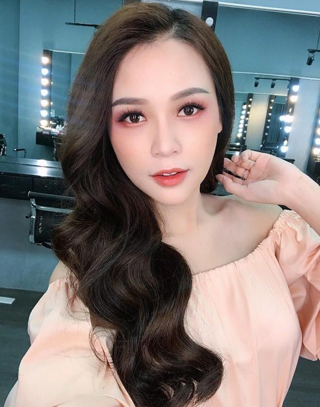 Tuổi 27 rực rỡ của Sam - cựu hot girl số 1 Sài Thành: Có trong tay 2 triệu USD, độc thân không thuộc về ai - Ảnh 1.