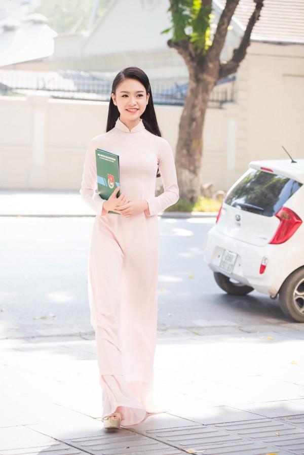 Nữ sinh Ngoại thương từng lọt top 10 HH Việt Nam: 'Phải biết nói lời từ chối khi cần' - Ảnh 1.