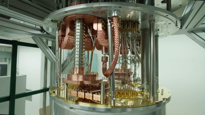 Hóa ra máy tính lượng tử chạy êm ru, phát ra những âm thanh du dương đều đặn như thế này đây - Ảnh 1.