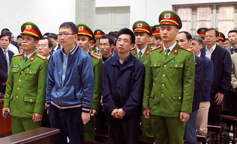 Chủ tịch Thăng đang rất nóng giận nên cứ chuyển tiền trước rồi sẽ hoàn thiện - Ảnh 2.