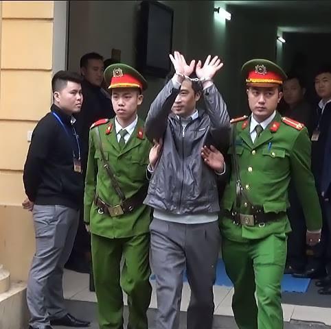 Ông Đinh La Thăng bị tuyên 13 năm tù, Trịnh Xuân Thanh chung thân - Ảnh 10.