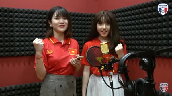 Nữ CĐV xinh đẹp từng gây 'bão mạng' cover Người lạ ơi để cổ vũ U23 Việt Nam - Ảnh 3.