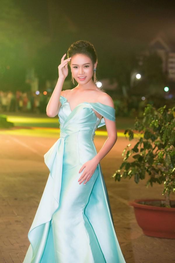 Nữ sinh Ngoại thương từng lọt top 10 HH Việt Nam: 'Phải biết nói lời từ chối khi cần' - Ảnh 12.