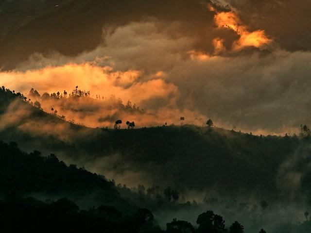 """Câu chuyện """"Người đàn ông hạnh phúc nhất thế giới"""": Sáng thức dậy ngắm mặt trời mọc, dành hàng giờ để cầu nguyện cho người khác bình an - Ảnh 12."""