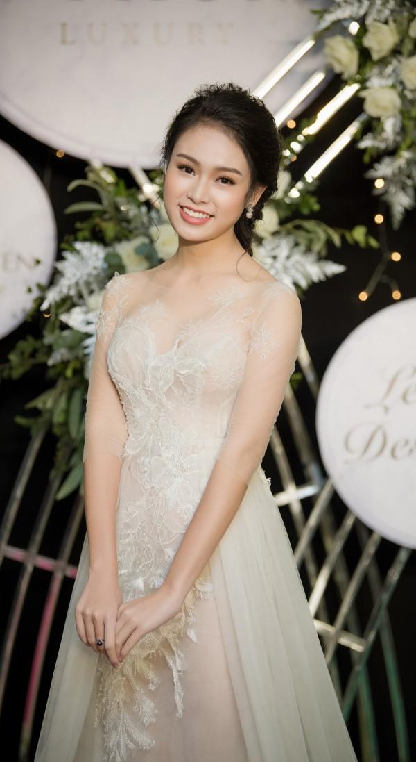Nữ sinh Ngoại thương từng lọt top 10 HH Việt Nam: 'Phải biết nói lời từ chối khi cần' - Ảnh 13.