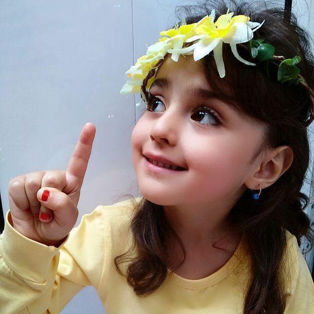 Thiên thần nhỏ người Iran khiến cư dân mạng Trung Quốc sửng sốt vì giống mỹ nữ Tân Cương Địch Lệ Nhiệt Ba - Ảnh 19.