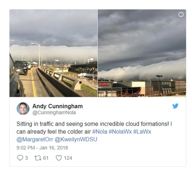 Đám mây khổng lồ bất ngờ tràn qua thành phố, nhiều người tưởng Tận thế ghé về - Ảnh 2.