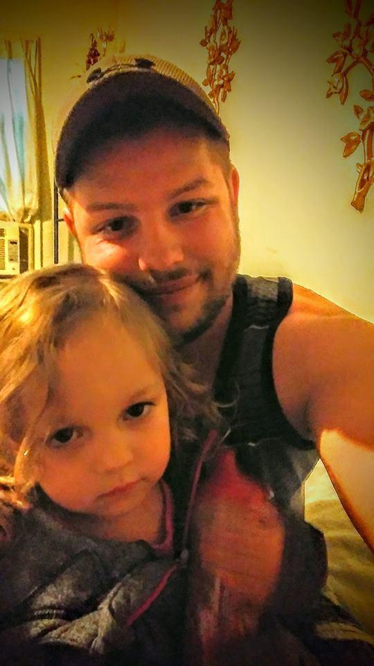 Mua chó Pit Bull về cho con gái làm bạn, người cha không ngờ rằng 5 ngày sau thảm kịch xảy đến với gia đình - Ảnh 3.